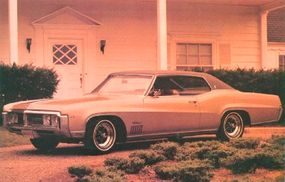 The 1969 Wildcat featured a heavier grille, beefier bumpers, and a squarer roofline.