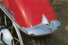 Chrome trim on the fenders added a classy touch to the Harley-Davidson FL Duo-Glide.