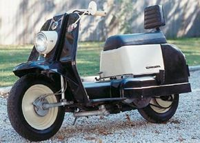 The 1963 Harley-Davidson Topper had a 165-cc two-stroke single that started with a recoil starter -- like a lawn mower.
