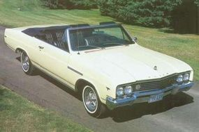Aside from red-lettered badges, there weren't many external clues to identify the 1965 Gran Sport.