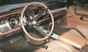 The dual-gauge theme continued on the 1967 Dodge Monaco's dash, but the dials were now in square bezels more integrated into the control panel.