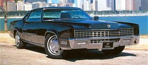 Styling was carried over for 1968, though the front parking lights were moved to the fender edges and the engine bay now carried a 472-cid V-8.