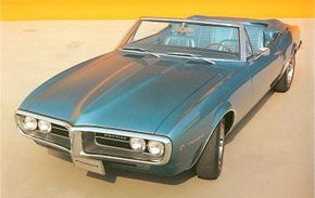The 1967 Firebird featured Pontiac engines set further back in the frame to more evenly distribute weight.