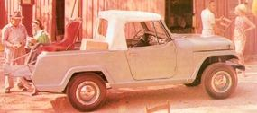 The 1967 Jeepster Commando Pick-Up could be equipped with a hardtop and was ideal for light-duty jobs.