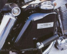 The Harley-Davidson XLH Sportster offered a larger fuel tank than the XLCH.