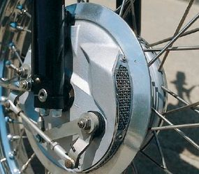 Like the Bonneville, the Tiger carried a ventilated front drum brake.
