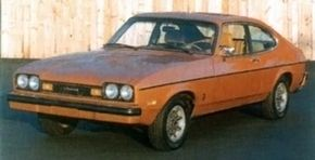 Nine exterior color choices were offered on the new hatchback body for the Capri II.
