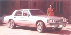 When it arrived in dealerships in the spring of 1975, the only quick clue that the Seville was a Cadillac was its eggcrate grille.