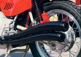 Magni exhaust was not standard on the 750S, but many bikes, including this one, were fitted with it.