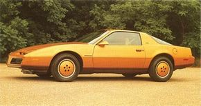 Less futuristic than its drawings, the 1982 Pontiac Firebird was rakish nonetheless.
