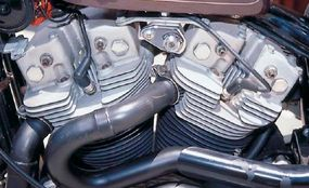 The exhaust exited on the left from the front of the cylinders.