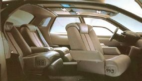 The swiveling seats helped the interior of the Megane resemble that of a private airplane more than a road vehicle.