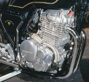 The engine was a British-style 500-cc vertical twin.