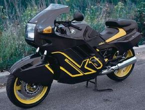 In a sleek departure from normal BMW practice, the K-1 featured a fully enclosed fairing. See more motorcycle pictures.