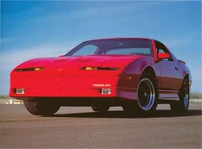 Cosmetics had changed little since1985, but the 1990 Firebird showed the steady increase in power. See more Pontiac Firebird pictures.