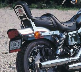 The bobbed rear fender was important to the 1993 Harley-Davidson FXDWG Wide Glide's custom look.