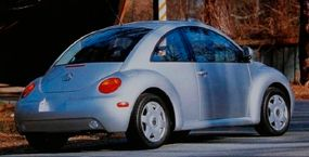 ©2007 Publications International, Ltd                              Front-seat space was generous, but the retro shape meant the 1998 New Beetle had little rear-seat head room beneath its sloped hatchback roofline.