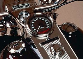 The dash features lassic styling, distinct badging, and a special 95th anniversary emblem.