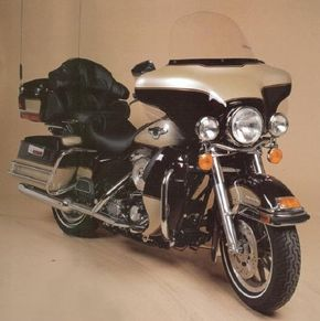 The fully loaded 1998 Harley-Davidson FLHTCUI was a touring enthusiast's dream. See more motorcycle pictures.
