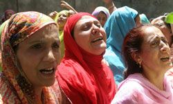 While weeping is acceptable during mourning, loud crying or wailing is discouraged.