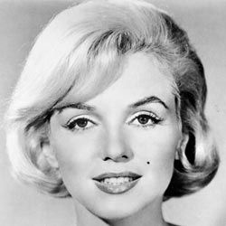 Think Cindy Crawford was the first to make a beauty mark part of her signature look? Think again. Marilyn Monroe embraced her beauty mark decades before Cindy.