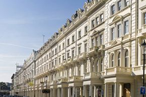 London's exclusive Kensington district, where the Franchuk villa is located.