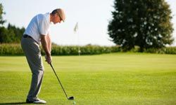 Looking for an excuse to spend more time on the links? You're in luck: Playing golf can help with arthritis pain.