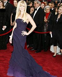 Reese Witherspoon picks plum for the 2007 Oscars.