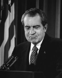 President Richard Nixon answers questions about the Watergate scandal.