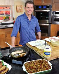 Bobby Flay knows his way around a kitchen.