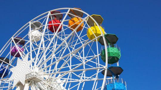 10 Classic Amusement Park Rides