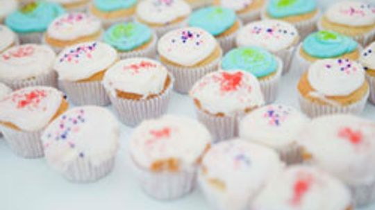 10 Creative Cupcake Decorating Techniques