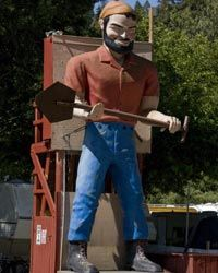 Driving through California wine country? This giant statue of Paul Bunyan certainly merits a detour. He stands guard at a forest mobile home park in the town of Guerneville in Sonoma County.