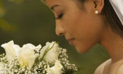 The eco-conscious bride insists on a beautiful bouquet that's not laden with pesticides.