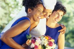 Blue and white can give you wedding that breezy summer feeling.