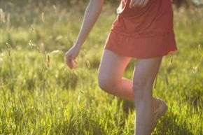 If you experience allergy symptoms in the summer, you might be allergic to grass pollen.