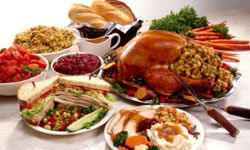 Leftovers don't keep indefinitely; be wise and indulge in leftover turkey, soups, stews or pizza within three to four days.