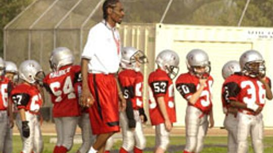 10 Surprising Pop Warner Players