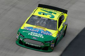 This has to be an unlucky combination: David Ragan's #34 Peanut Patch Boiled Peanuts Ford -- and it's green.
