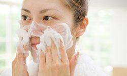 Your facial tissue is pretty fragile, so treat sensitive skin delicately.