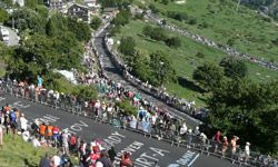 Fans line the switchbacks of the famous Alpe d'Huez.