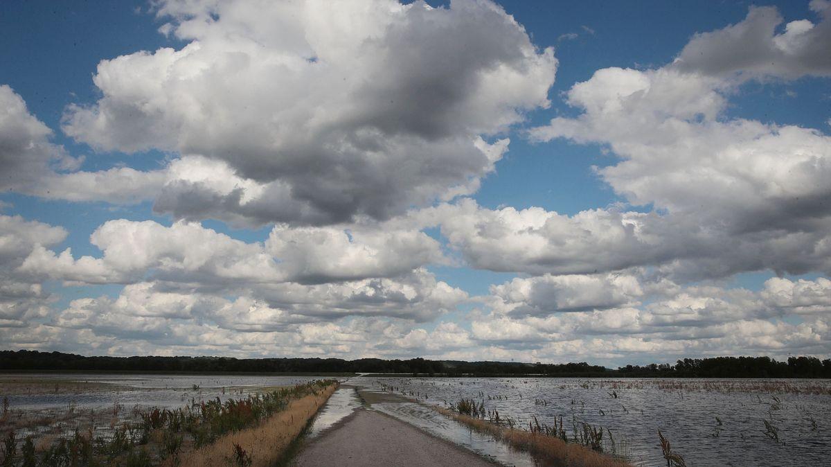 100年の洪水は、99年間二度と会えないという意味ではありません