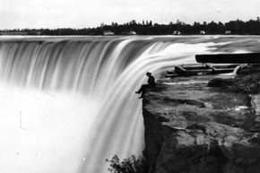 A view of Niagara Falls around the time when Charles Ulrich crossed the river just after a jail break.