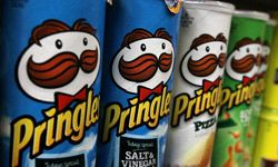 """Once you've enjoyed their salty contents, you can use Pringles potato chip cans like these to craft a makeshift WiFi """"cantenna."""""""