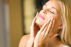 Nobody wants crow's feet. Do you know how to get rid of them?