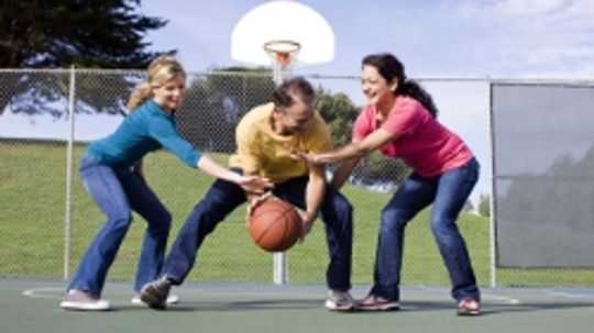 5 Basketball Variations to Play in Your Backyard