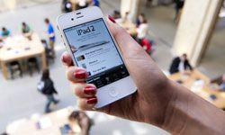 Apple may be women's favorite tech brand.