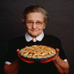 Who can refuse an apple pie from Grandma's kitchen? Nobody, that's who.