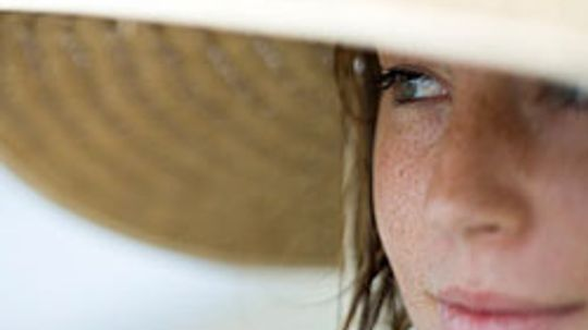 10 Ways to Protect Your Skin From Sun Damage