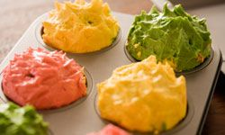 Make your favorite new mom some homemade cupcakes.